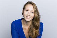 Claire Balva, jeune entrepreneure du numérique se lance dans la Blockchain. À tout juste 24 ans, elle décide de révolutionner l'ère du numérique avec la création de son entreprise.