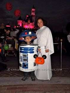 Cool Homemade Child's R2D2 Costume Made from a Collapsable Laundry Basket!