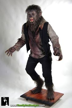 Only a man who is pure of heart… a life sized statue created from an original movie costume from The Wolfman 2010 that was screen worn by Benicio Del Toro! The Wolfman 2010, Wolfman Movie, Classic Monster Movies, Classic Monsters, Horror Art, Horror Movies, American Werewolf In London, Werewolf Art, Zombie Hunter