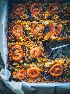 Need to translate, possible vegetarian recipe? YOTAM OTTOLENGHI'S ORZO with ROASTED EGGPLANT, MOZZARELLA, PARMESAN & OREGANO [Yotam Ottolenghi] [gotujebolubi] [parmigiano-reggiano, parmesan]