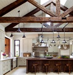 Queencaylz// rustic contemporary, exposed beams, vaulted ceiling with beams, wooden beams Farmhouse Kitchen Interior, Farmhouse Design, Rustic Kitchen, Interior Design Kitchen, Kitchen Decor, Grand Kitchen, Kitchen Dining, Loft Kitchen, French Farmhouse