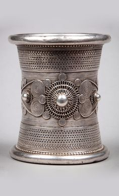 Western Burma Island | Bracelet from the Chin people; silver toned metal. | 180€ ~ sold (Mar '14)