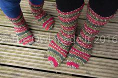 Hand knitted socks-kids knit socks-women socks,wool socks,girl toddler socks,mommy and me,kids socks,kids fall,children warm,British wool by TheOwlmadeit on Etsy