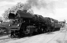 oldtimer flugzeuge schwarz weiß - Bing Bilder Bing Bilder, Train, Image, Autos, Airplanes, Antique Cars, Monochrome, Strollers
