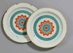 Midwinter 'Stonehenge' sideplates by robmcrorie, via Flickr