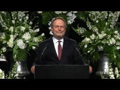 Muhammad Ali Funeral | Billy Crystal Imitates Ali.  Such a wonderful speech and tribute, made me laugh and cry.