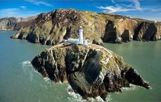 welcome to join this beautiful tour in Great Britain with a private tour guide - Isle of Anglesey Tour :: Private Guide