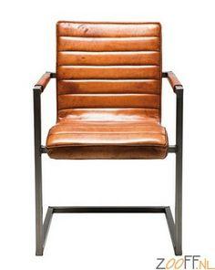 Kare Design Cantilever Riffle Buffalo Stoel - De Kare Design Cantilever Riffle Buffalo Stoel is een stijlvolle leren designstoel. De zitting van de bruine loungestoel is gemaakt van leer en is gevestigd op een stalen sleden onderstel. De Riffle Buffalo Stoel is een stoel met een optimaal zitcomfort en behoort tot de echte eyecatchers.