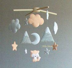 Fox Baby Mobile, Berg mobile, Pfirsich / Orange Nursery Deco … – Baby deko – Modern Home Office Design Baby Room Themes, Boy Baby Shower Themes, Baby Boy Rooms, Baby Boy Nurseries, Baby Shower Decorations, Baby Decor, Baby Cribs, Baby Bedroom, Shower Centerpieces