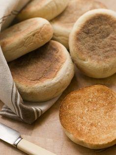 750 grammes vous propose cette recette de cuisine : Muffins Anglais. Recette notée 4.1/5 par 9 votants et 1 commentaires.