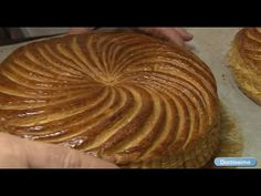 Recette Galette des Rois par Arnaud Delmontel - YouTube Wood Fired Oven, Pastry Recipes, Bread Rolls, Something Sweet, Food Inspiration, Mexican Food Recipes, Sweets, Desserts, Pies