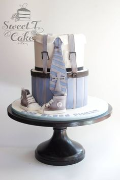 I got inspired to design this cake from a cute little boys jumpsuit on pinterest. Inspiration does come from everywhere
