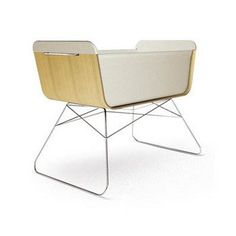 The Offi Nest Bassinet was born from the desire to have a bedside sleeping option for babies. It's modern baby bassinet with a sophisticated style.
