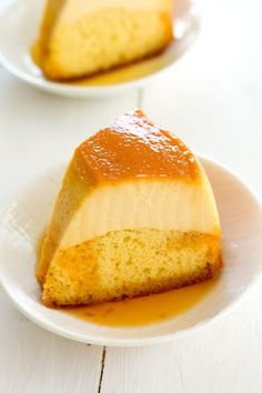 Easy flan cake (flancocho) combines two amazing desserts in one. Cake mix, cream cheese flan and caramel sauce all bake together like magic! Mexican Jello Recipe, Jello Recipes, Mexican Food Recipes, Cake Recipes, Dessert Recipes, Steak Recipes, Flancocho Recipe, Chocoflan Recipe, Cookie Desserts