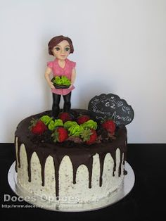 Doces Opções: A horta da Assunção Birthday Cake, Desserts, Vegetable Garden, Cakes, Agriculture, Food, Tailgate Desserts, Deserts, Birthday Cakes