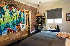 25 Cool Graffiti Wall Interior Ideas