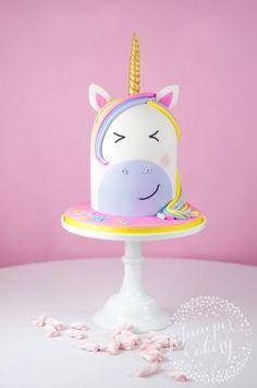 Cute unicorn cake tutorial by Juniper Cakery (unicorn birthday cakes fondant) Unicorn Head Cake, Unicorn Cake Topper, Unicorn Cakes, Birthday Cake Girls, Unicorn Birthday Parties, Birthday Cakes, Fondant Cakes, Cupcake Cakes, Cake Tutorial