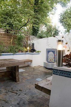 Moroccan inspired Garden / Courtyard