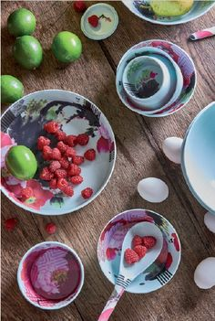 Ming Peony, stackable table set.  ibride catalogue 2015-2016 #home #design #interior #decoration #kitchen #tableware #bowls www.ibride.fr