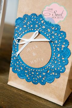 Rustic & lace wedding candy buffet lolly bag, gift to guest