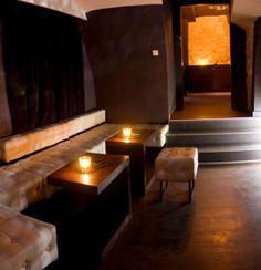 Klub Diva to wyjątkowe miejsce na szlaku nocnego życia w Krakowie. Diva to świat magnetyczny, tajemniczy i uwodzicielski