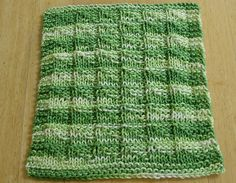 Ravelry: Triangles Dishcloth pattern by Tera Johnson  Pattern can be used to knit a baby blanket.  Free pattern.
