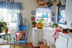 Cute kitchen ~ My Painted Garden blog
