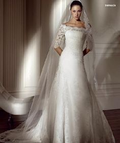 classic wedding dresses with sleeves