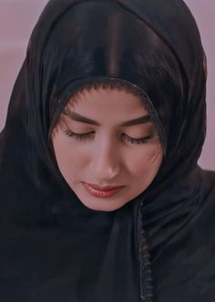 Pakistani Girl, Pakistani Bridal Dresses, Pakistani Actress, Beautiful Love Images, Beautiful Girl Photo, Girl Pictures, Girl Photos, Prity Girl, Sajal Ali