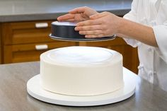 step by step: stacking tiered cake