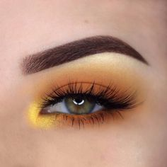 orange steam with yellow-gold inner corner - eye make-up: laura beth (mat . - orange vapor with yellow-gold inner corner – eye make-up: laura beth (mat … – orange vapor wi - Makeup Eye Looks, Eye Makeup Art, Cute Makeup, Makeup For Brown Eyes, Pretty Makeup, Eyeshadow Makeup, Eyeliner, 60s Makeup, Makeup Geek