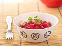 salata de sfecla rosie Strawberry, Fruit, Food, Eten, Strawberry Fruit, Strawberries, Meals, Diet