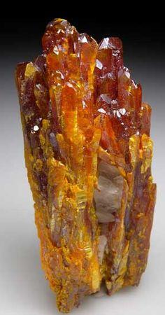 Orpiment-long terminated crystals grown around Calcite, Shimen Realgar Mine, Hunan, China Minerals And Gemstones, Crystals Minerals, Rocks And Minerals, Stones And Crystals, Gem Stones, Cool Rocks, Beautiful Rocks, Rocks And Gems, Healing Stones