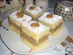 Francia diós krémes Hungarian Desserts, Poppy Cake, Twisted Recipes, Romanian Food, Cream Cake, Vanilla Cake, Food Videos, Cheesecake, Dessert Recipes