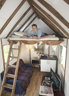 A British company has begun selling a flat-pack mini-house, which is said to be as easy to assemble as an Ikea bookcase - Home in a box costs just But is it really as easy to build as an IKEA bookcase? We gave one brave dad a week to try. Low Budget House, Home Budget, Home Design, Interior Design, Ikea Bookcase, Shed Homes, Tiny Living, Little Houses, Tiny Houses