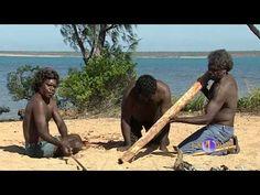 An Australian Aboriginal playing hisr traditional Didgeridoo. Aboriginal History, Aboriginal Culture, Aboriginal People, Aboriginal Art, Naidoc Week, Indigenous Education, Terra Australis, Didgeridoo, Camping Photography