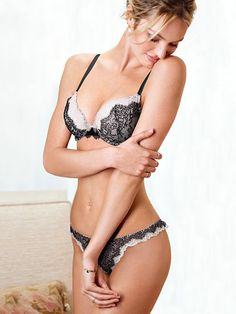 Chantilly Lace V-string Panty Angels by Victoria
