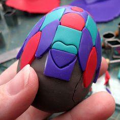 Kael Mijoy: Polymer Clay Tutorial: Applique Easter Egg