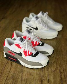 """e109aebd2 SPORTLET SNEAKERS 👟 on Instagram: """"#Nike Air Max 90 Tamanhos : 35,37,38 -  R$ 399,00 . Disponível Na Loja Física 📍Rua : Herval N° 427 - Próximo ao  Metro ..."""