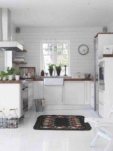 Tanskalaistyylinen maalaisromanttinen keittiö