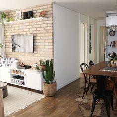 Condo Living, Cozy Living Rooms, Home Living Room, Living Room Decor, Dream Home Design, House Design, Sweet Home, House Rooms, Interior Design Inspiration