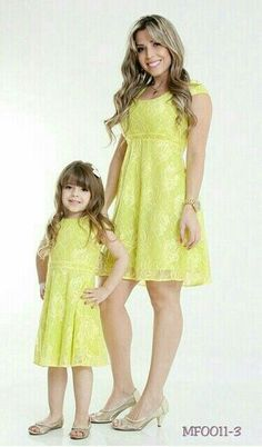 Mommy and Me Fashion / Matching Outfits Mother Daughter Matching Outfits, Mother Daughter Fashion, Mommy And Me Outfits, Couple Outfits, Mom Daughter, Fashion Kids, Cute Girl Dresses, Dress Up, Stylish Kids