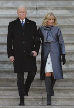The Best Style Moments From the Inauguration: Vice President Joe Biden and his wife Jill Biden (in Lela Rose) depart from the US Capitol after the Presidential Inauguration ceremonial swearing-in. Presidents Wives, Black Presidents, American Presidents, Joe Biden, Obama And Biden, Michelle Und Barack Obama, Barack Obama Family, Obama Vice President, First Black President