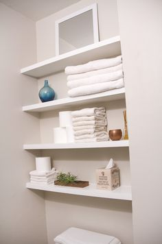 SwingNCocoa: DIY floating shelves in a tiny bathroom. Simple pocket-hole hanging solution