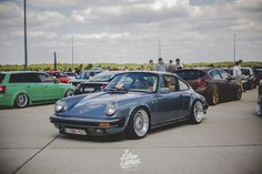 984 Porsche 911 Carrera 3.2 on 16″ BBS RS's, stepped up to 17″
