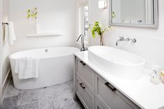Love this vanity, by Sunset Custom Cabinets. Design by Sophie Burke Design | Work