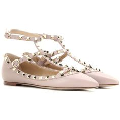 Valentino Valentino Garavani Rockstud Leather Ballerinas ($890) ❤ liked on Polyvore featuring shoes, flats, neutrals, leather ballerina shoes, leather flats, nude ballet flats, leather ballet flats and nude shoes