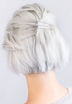Lux bobby pins from Lilla Rose are durable, strong, and ready for all types of hair. The round, solid metal tip provides additional style and comfort. Silver white short and sassy hair Short White Hair, Short Grey Hair, Short Hair Updo, Grey Hair Inspiration, Blonde Bride, Natural Hair Styles, Short Hair Styles, Transition To Gray Hair, Silver Hair