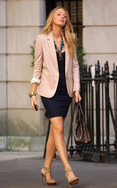 Wear to Work Outfit Ideas. Womens Casual Office Fashion ideas and dresses. Womens Work Clothes Trending in 34 Outfit ideas. Fashion Mode, Office Fashion, Business Fashion, Business Women, Business Chic, Workwear Fashion, Petite Fashion, Ladies Fashion, Sexy Business Casual