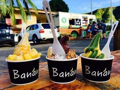 Do you need some healthy sweets? Banan, which doesn't include milk and sugar, is here for you 🍦 Fly To Hawaii, Hawaii Life, Hawaii Vacation, Oahu Hawaii, Around The World Food, Yogurt Smoothies, Cafe Menu, Healthy Sweets, Street Food